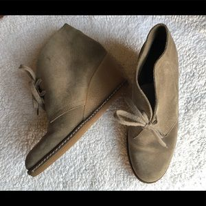 J.Crew MacAlister wedge boots size 6